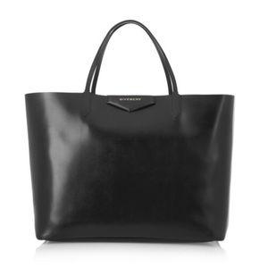Authentic Givenchy Antigona leather shopping bag